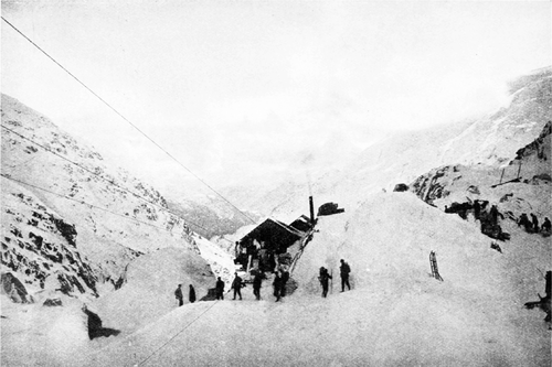PSM V55 D023 Chilkoot trail and the aerial tramway.png