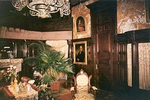 The Age of Innocence (1993 film) - Paine Mansion staged as the dining room for the film The Age of Innocence