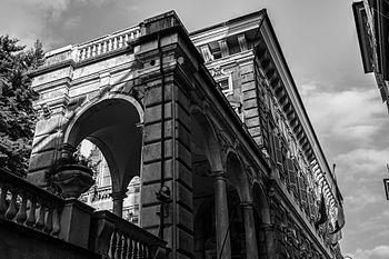 Palazzo Bianco e Musei di Strada Nuova in b-n.jpg