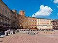 Palazzo Sansedoni Piazza del Campo.jpg
