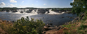 Ciudad Guayana - The Cachamay falls of the Caroní River