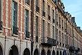 Paris - Place des Vosges (31444539681).jpg
