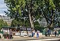 Paris 75006 Quai de Conti Bouquinistes 20150902 (2).jpg