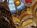 Paris Galeries Lafayette Haussmann cupola stained glass 2006 Christmas 1.jpg