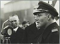 Parmentier spreekt tijdens de huldiging na Melbourne-race, 30 november 1934.jpg