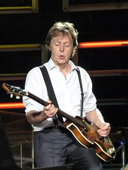 Paul McCartney live in Dublin.jpg