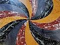 Pavimento in marmo di diversi colori.jpg