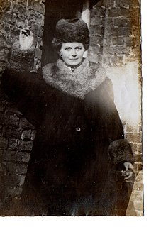 Pictures-of-suffragist-Alice-Abadam-who-lived-at-Middleton-Hall-Carmarthen.jpg