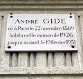 Plaque André Gide, 1 bis rue Vaneau, Paris 7.jpg