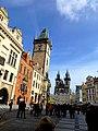 Prag - Altstädter Ring mit Kirche der Jungfrau Maria vor dem Tein und Rathausturm - Staroměstské náměstí s kostelem Panny Marie před Týnem a Radniční věž - panoramio.jpg
