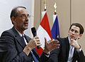 Pressekonferenz Integration (23150850651).jpg