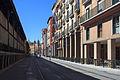 Rúa lateral da praza de abastos de Zaragoza Z25.jpg