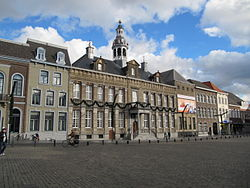 RM32567 Roermond - Stadhuis.jpg