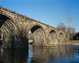 Philadelphia and Reading Railroad, Schuylkill River Viaduct - Image: Reading Railroad Bridge (cropped)
