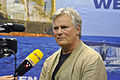 Richard Dean Anderson am Sea Shepherd Stand.jpg
