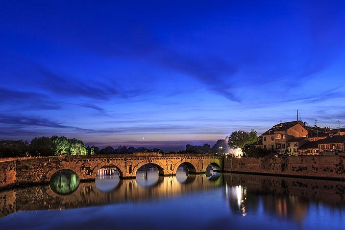 Rimini Ponte Di Tiberio.jpg