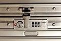 Rimowa TSA-Schloss (Classic Flight-Serie).jpg