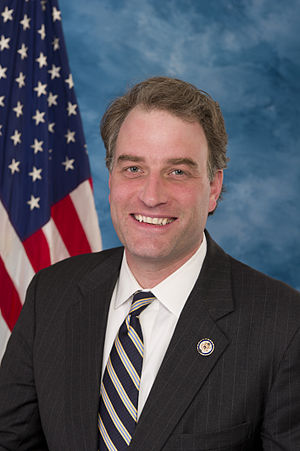 Robert Hurt (politician) - Image: Robert Hurt, Official Portrait, 112th Congress