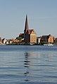 Rostock nördl Altstadt Speicher und Petrikirche.jpg