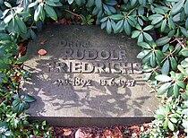 Rudolf Friedrichs Grab.jpg