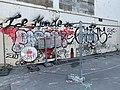 Rue Tourville (Lyon) - barrière de travaux.jpg
