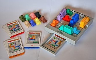 Rush Hour (puzzle) - The Rush Hour puzzle set
