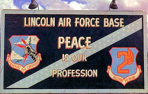 Lincoln Airport (Nebraska) - Image: SAC Sign Lincoln AFB NE 1960