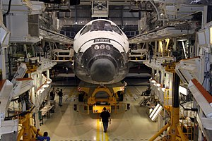 STS-129 - Workers prepare Atlantis prior to STS-129.