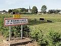 Saint-Pierre-Lavis (Seine-Mar.) entrée.jpg