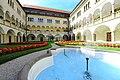 Sankt Veit Tanzenberg Schloss Arkadenhof 14092010 84.jpg