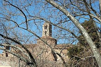 Santa María vista desde el torrente de Vallparadís