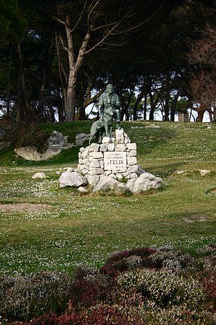 Monumento a Félix Rodríguez de la Fuente en Santander (Cantabria)