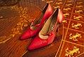 Sapato-vermelho-gianni-versace-1 (24939054235).jpg