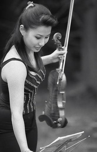 EMI Classics - Korean American violin virtuoso Sarah Chang