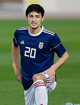 Sardar Azmoun at Iran training before Iraq match 20190115.jpg