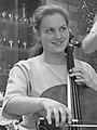 Saskia en Quirine Viersen (1988) (cropped) - Quirine Viersen.jpg