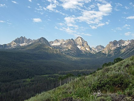 Sawtooth Mountains from the Alpine Way Trail Sawtooth mtns.JPG