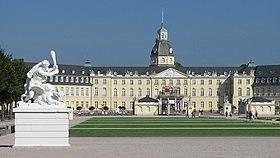 Schloss Karlsruhe 2011.jpg
