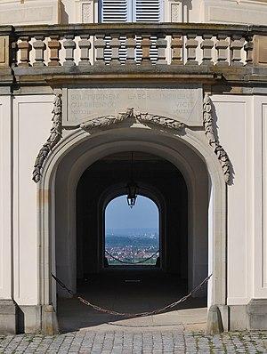 Deutsch: Schloss Solitude bei Stuttgart. Blick...