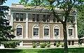 Sherman County Courthouse (Nebraska) from E 1.JPG
