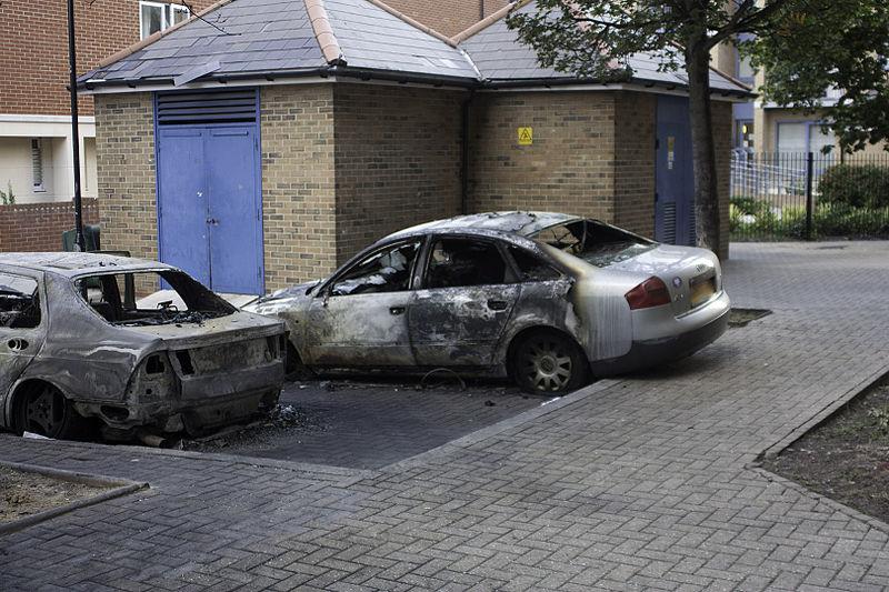 File:Sherwood Gardens Riots 06.jpg
