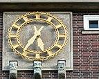Sievekingplatz 1 (Hamburg-Neustadt).Erweiterungsbau.Nordwestfassade.Uhr.4.12620.ajb.jpg