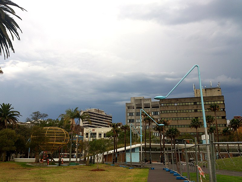 File:Sky - Surry Hills.jpg