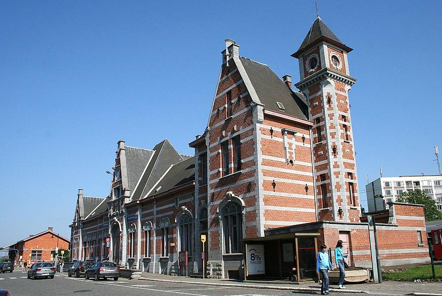 Soignies  (Belgium), rue de la Station, 96. – The train station (1891) – Architect: Gédéon Bordiau.