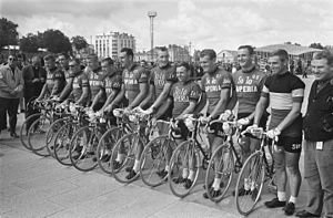 Solo-Superia team, Tour de France 1964.jpg