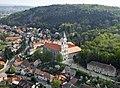 Sopronbánfalva kolostora a levegőből.jpg