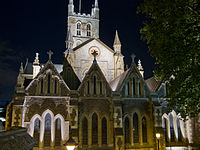 Southwark Cathedral at night.jpg