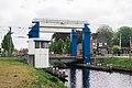 Spoorbrug Veenoord 02.jpg