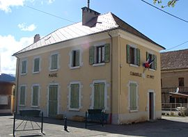 The town hall of Saint-Baudille-et-Pipet