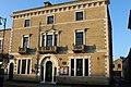 St Ives Town Hall.jpg